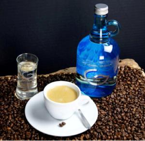 cafe_y_agua_revitalizada_grander